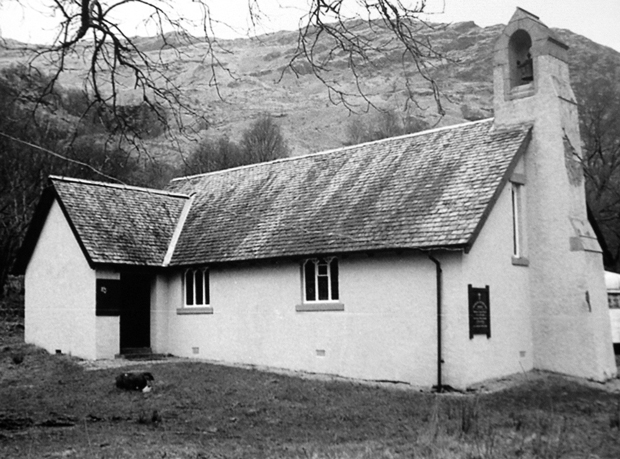 Ardlui-Church-w