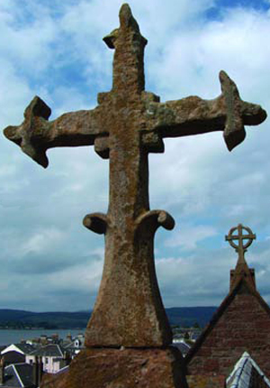 st-michaels-cross-w